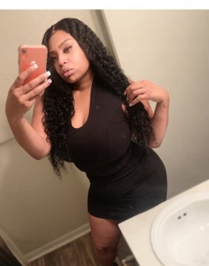 Tuline escort girl in Denison Texas