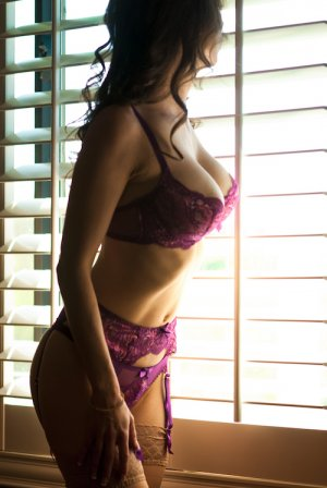 Catia escort girl in Georgetown